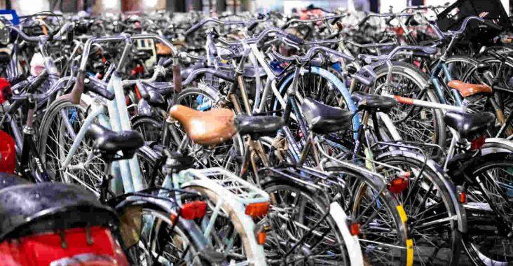 fietsen in rek